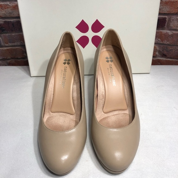 Naturalizer Michelle Tender Taupe Heels